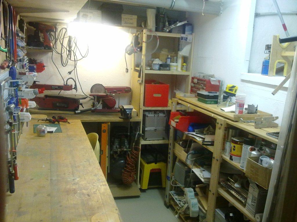 Tavoli Da Lavoro Per Modellismo : Laboratorio stanza da lavoro: aiuti consigli idee e suggerimenti
