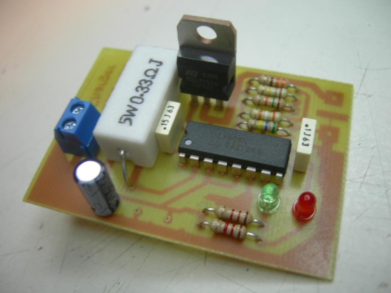 Schema Elettrico Per Caricabatterie 12 Volt : Batteria al piombo v ah baronerosso forum modellismo