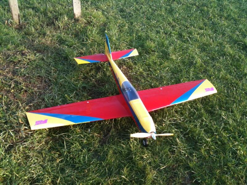 Modello Acrobatico Autocostruito Da Scatola