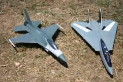 F16 E F14 Tomcat
