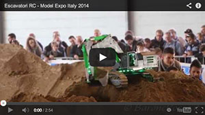 Escavatori RC - Model Expo Italy 2014